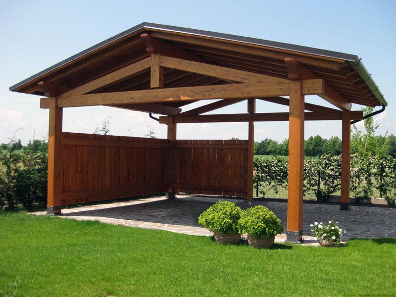 Tettoia in legno per camper - Tettoia giardino ...