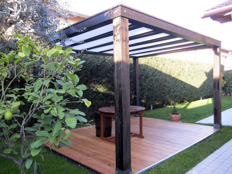 Gazebo in legno da giardino gp207 for Immagini di tettoie in legno