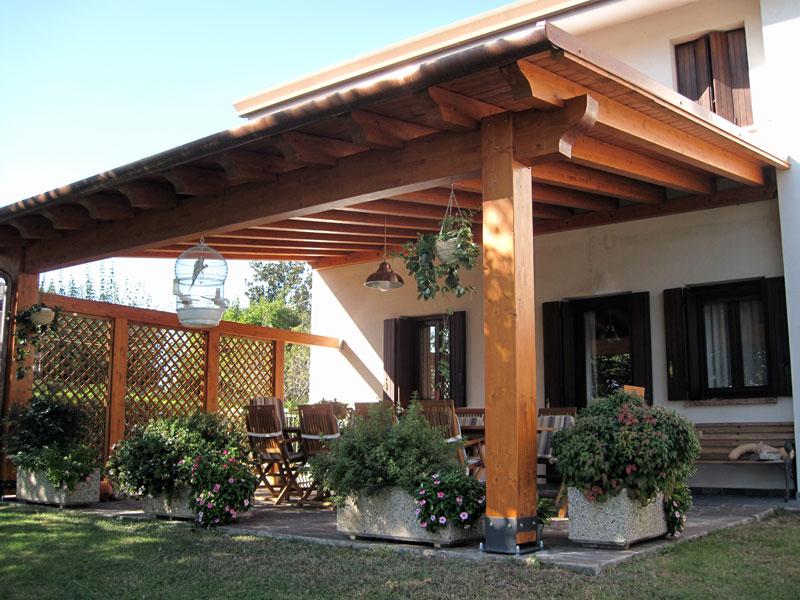 Pergolato in legno lamellare clc212 for Permessi per case in legno