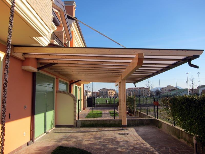 Pergolato in legno con tetto a sbalzo polyclassc clp117 for Immagini di tettoie in legno