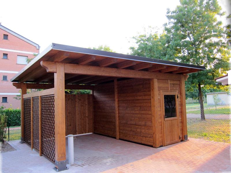 Carport per auto singolo con box integrato for Coperture in legno per auto usate