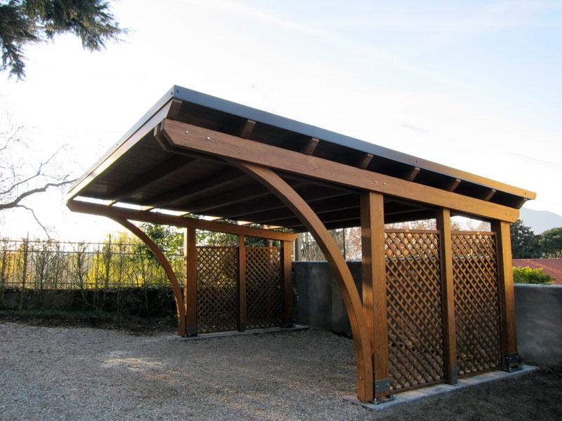 Foto tettoia per auto round r02210 for Coperture in legno per auto usate