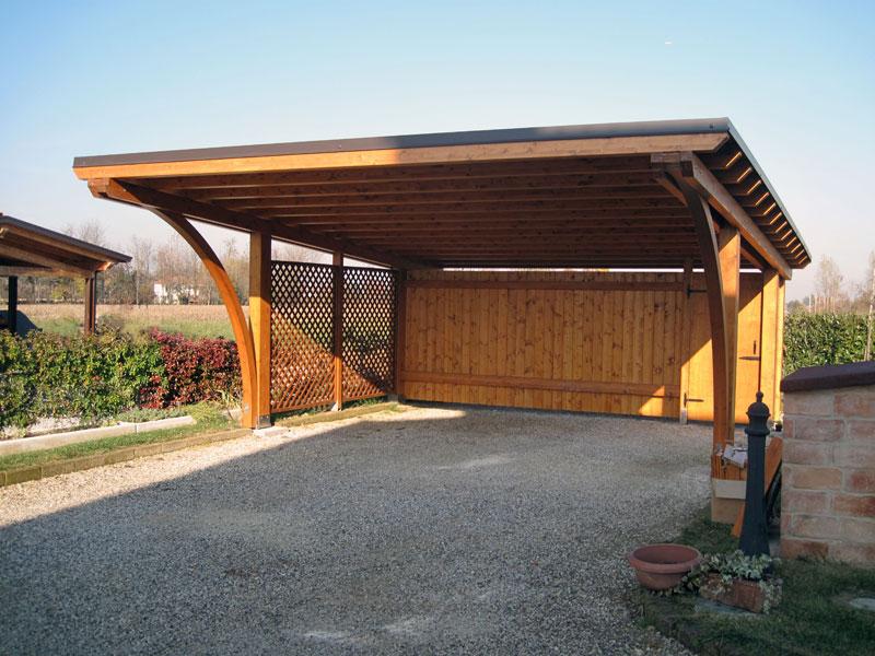 Tettoia per auto di legno lamellare round rb02407 for Due idee di garage per auto